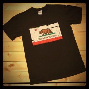 🐻 State of California Republic Bear flag shirt 🐻